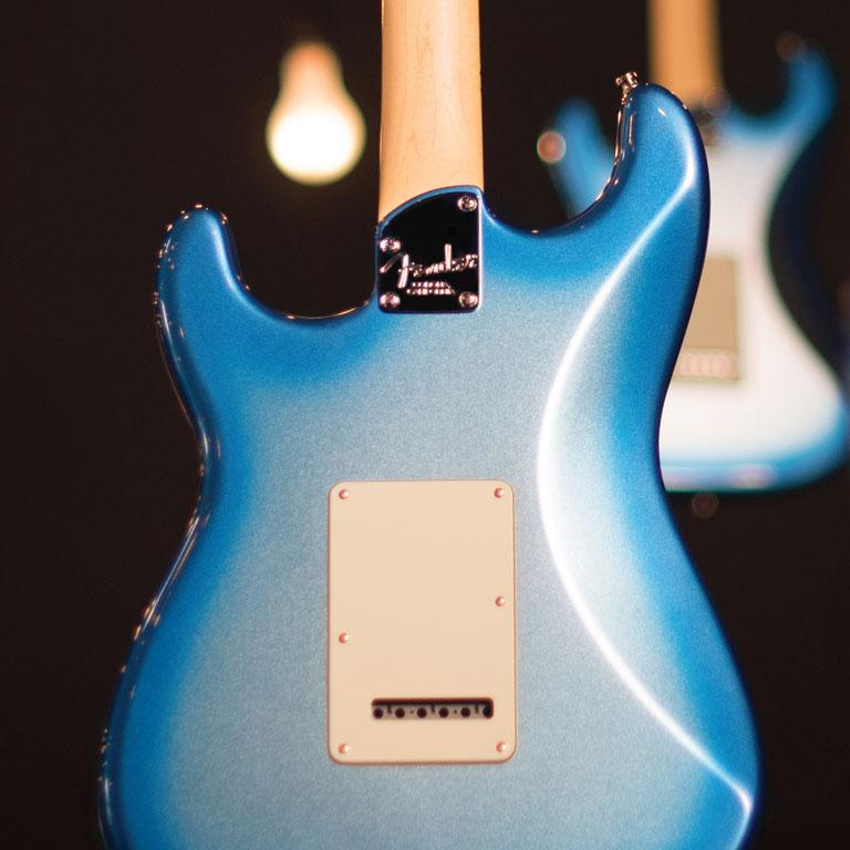 Contorno del cuerpo de las Fender American Elite Series