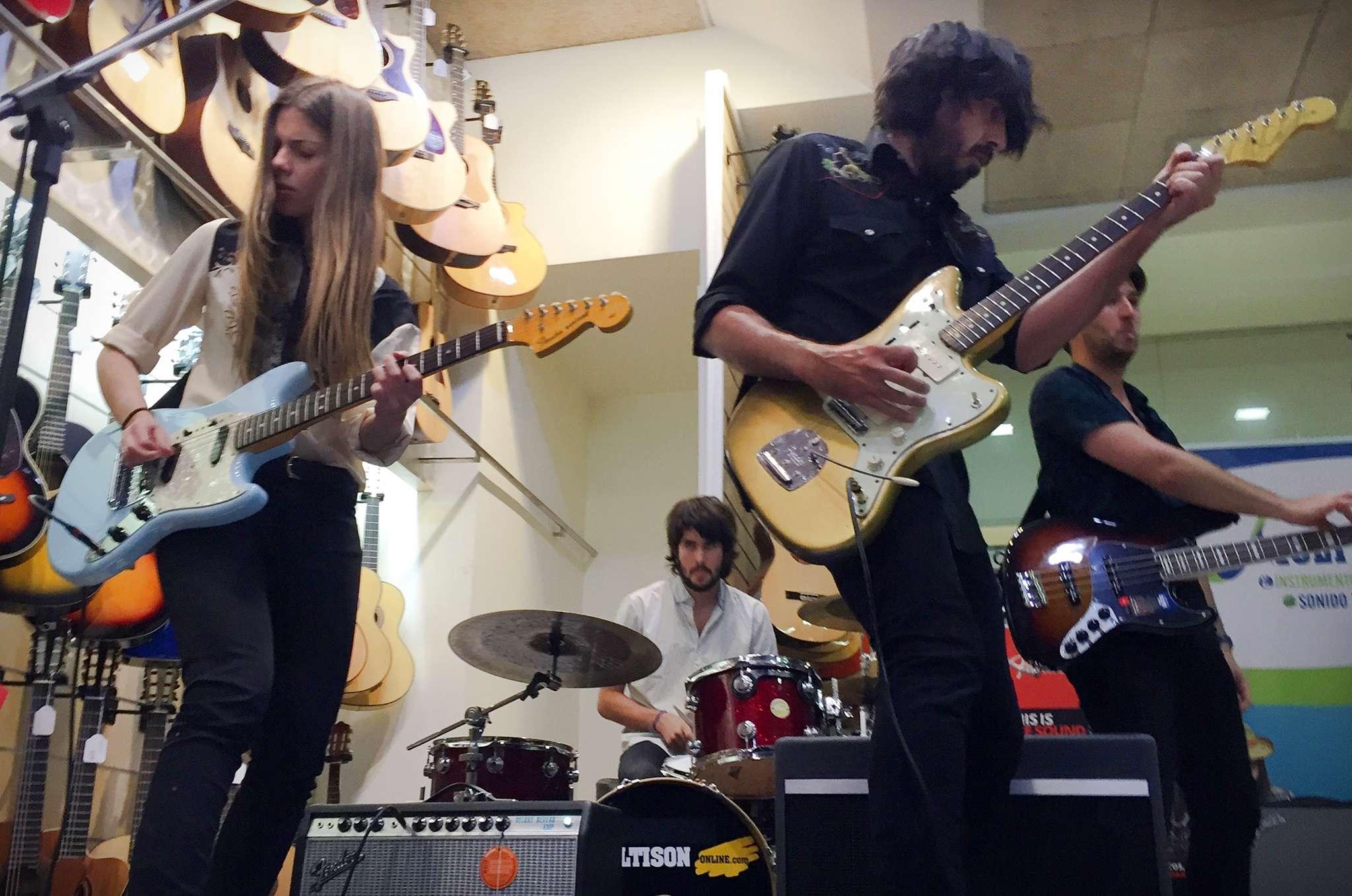 Fender Friends Live. Furia Trinidad en directo