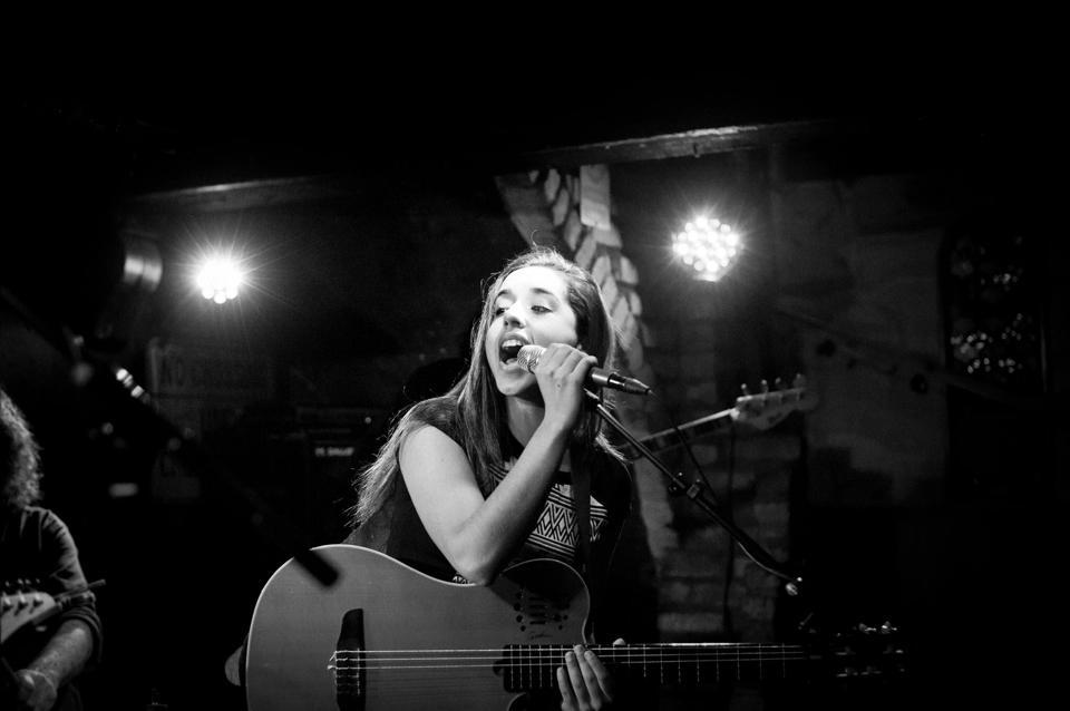 Paula Gómez, La voz negra de Chiclana
